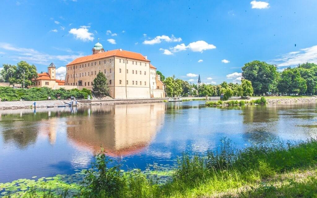 Ubytujte sa priamo na zámku v Poděbradoch