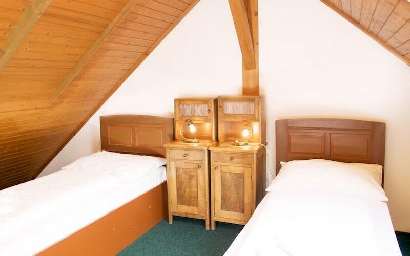 Ubytujete se v pohodlných pokojích