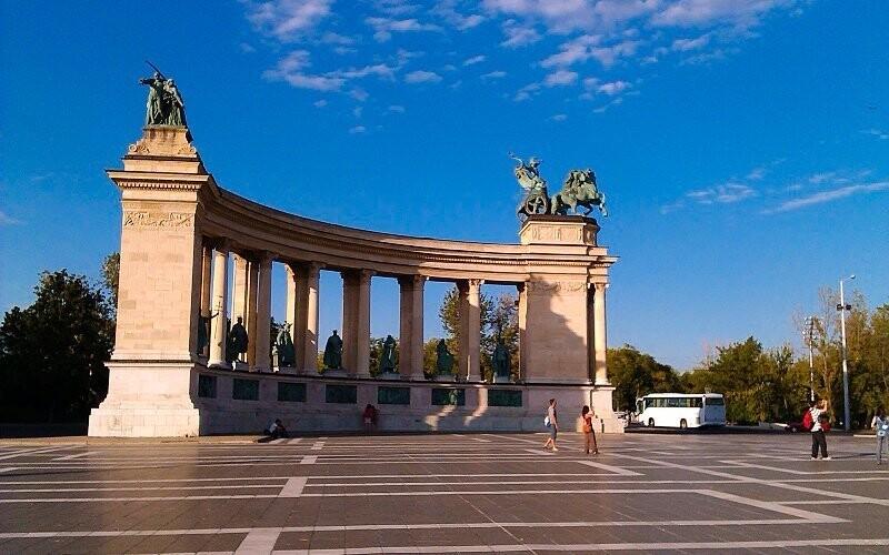 Do centra Budapešti se dostanete během 15 minut
