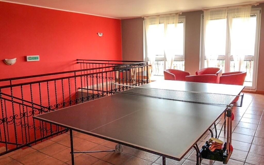 V interiéru je k dispozici stolní tenis