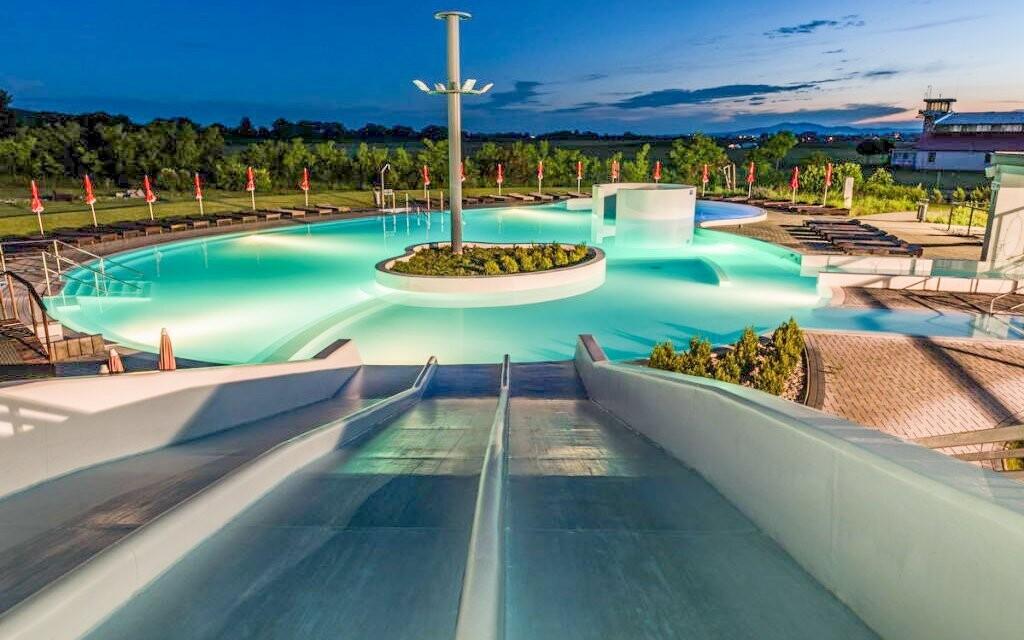 Venkovní bazény jsou v provozu celoročně