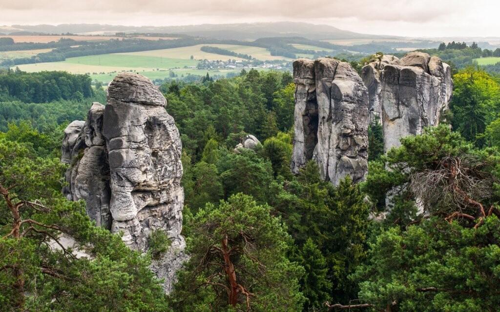 Doprajte si každodenné prechádzku k Prachovským skalám
