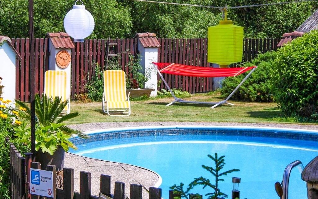 Vykoupat se můžete ve venkovním bazénu