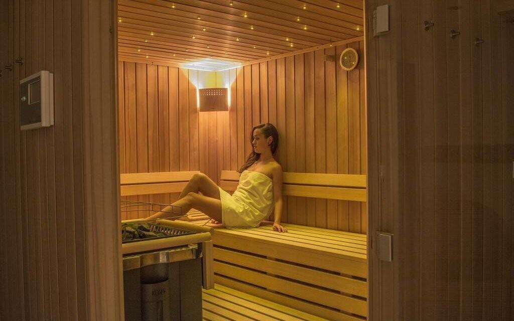 Po náročném dni si odpočinete v sauně