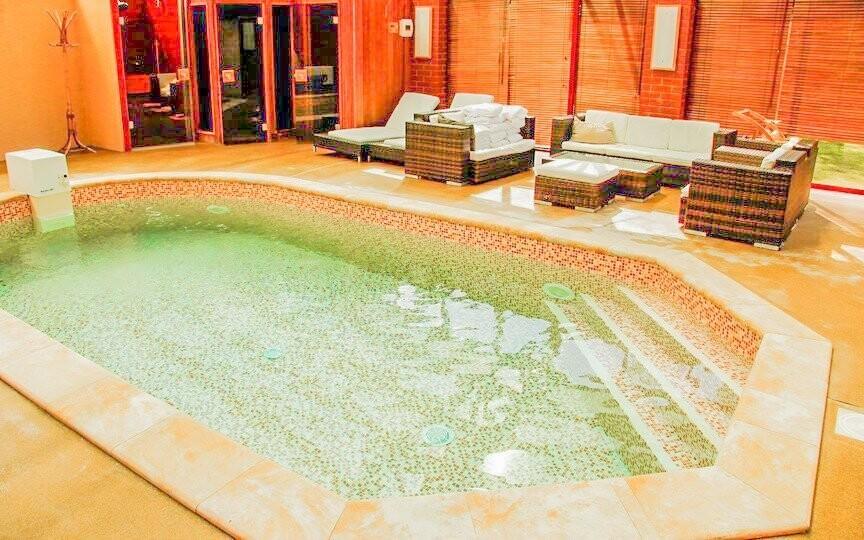 Súčasťou wellness je ochladzovací bazénik ...