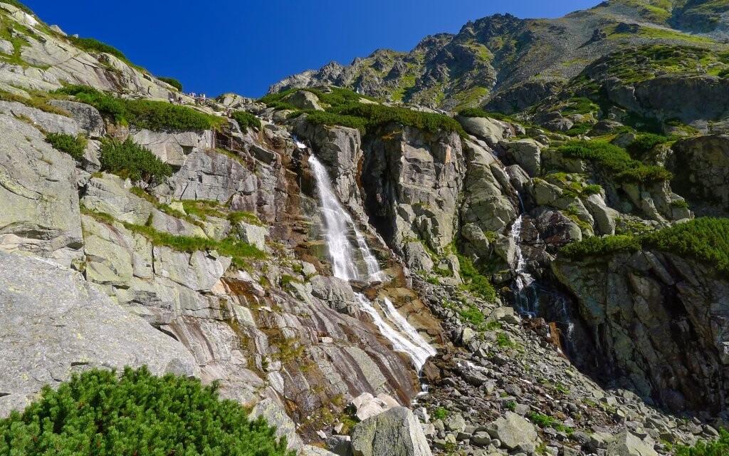 Za vidění stojí třeba vodopád Skok