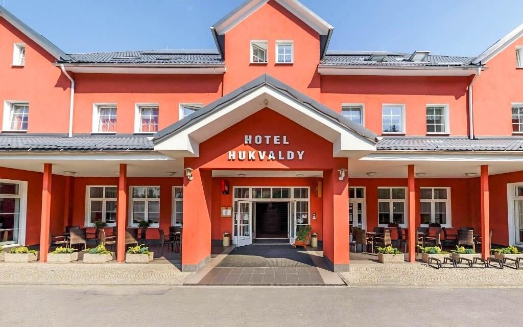 Pobyt si užijete v modernom hoteli Hukvaldy