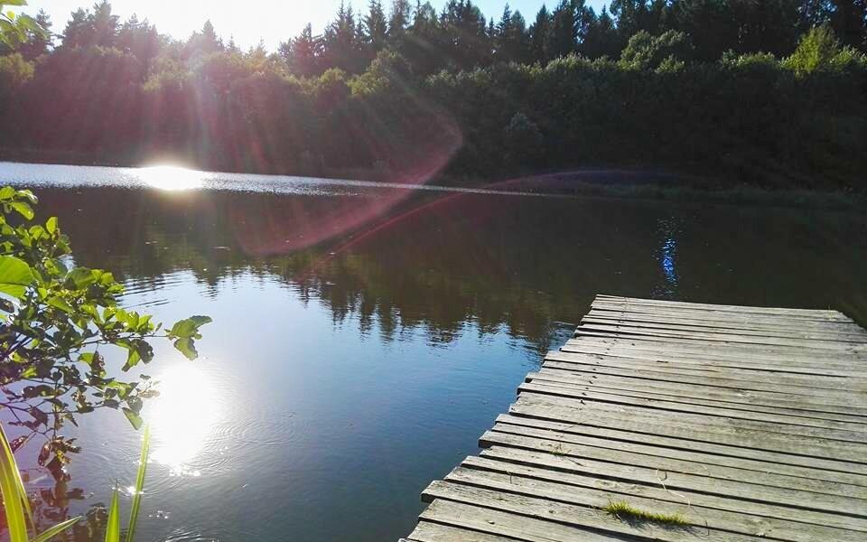 Pri penzióne je tiež rybník