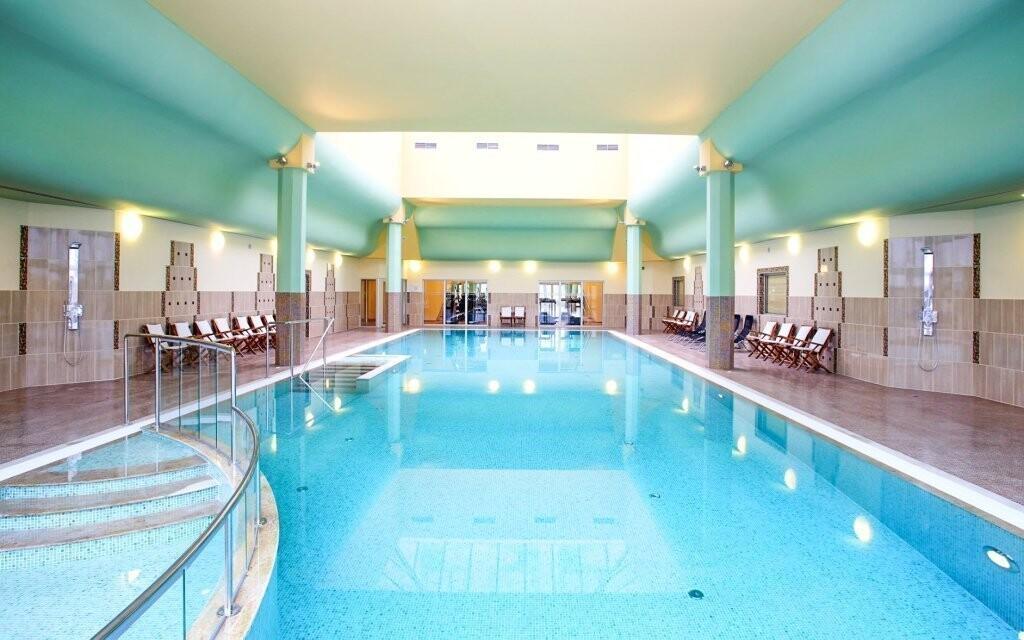 Využite neobmedzený vstup do bazéna