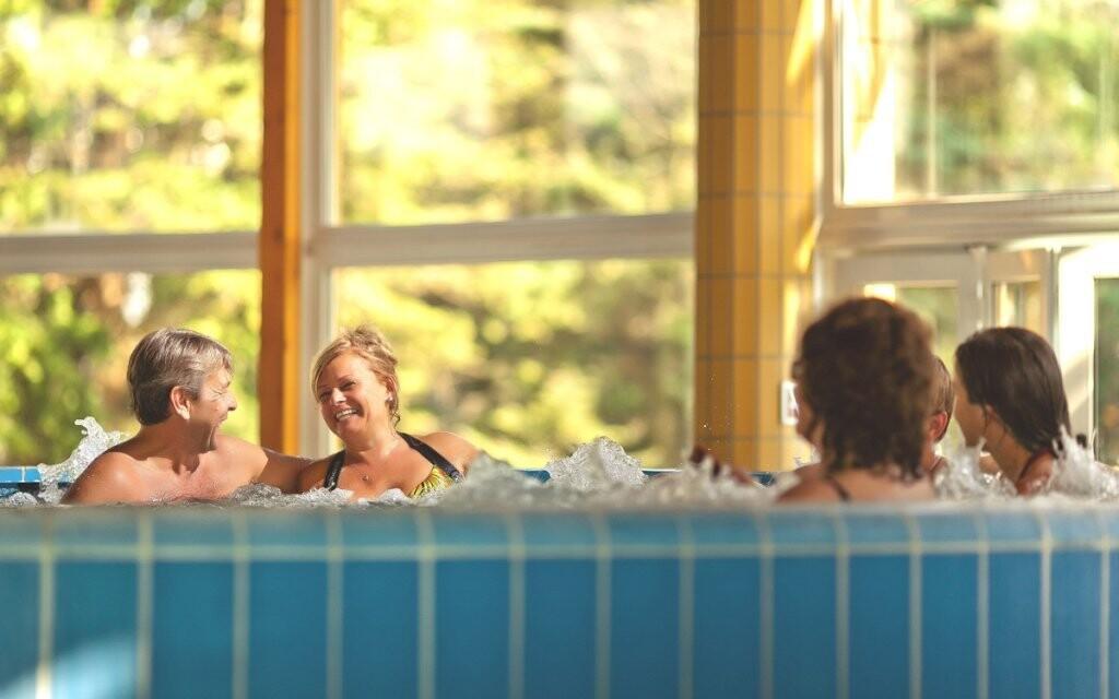 Užijte si bazény i vířivku
