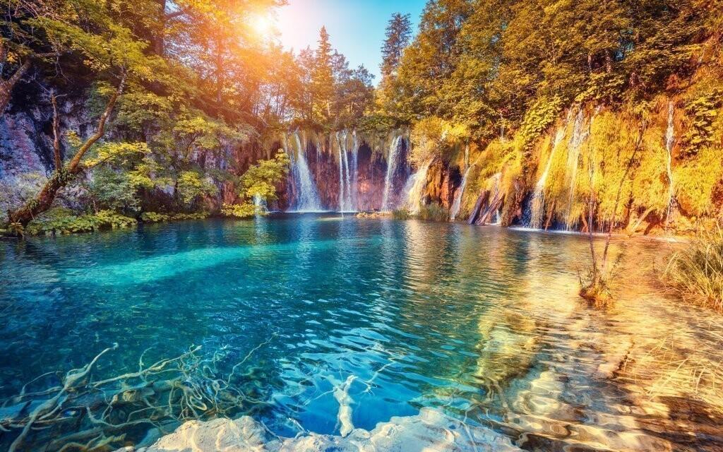 V Chorvatsku leží nádherná Plitvická jezera