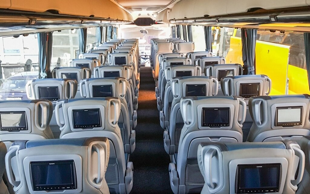Autobusy sú stelesnením moderného pohodlia