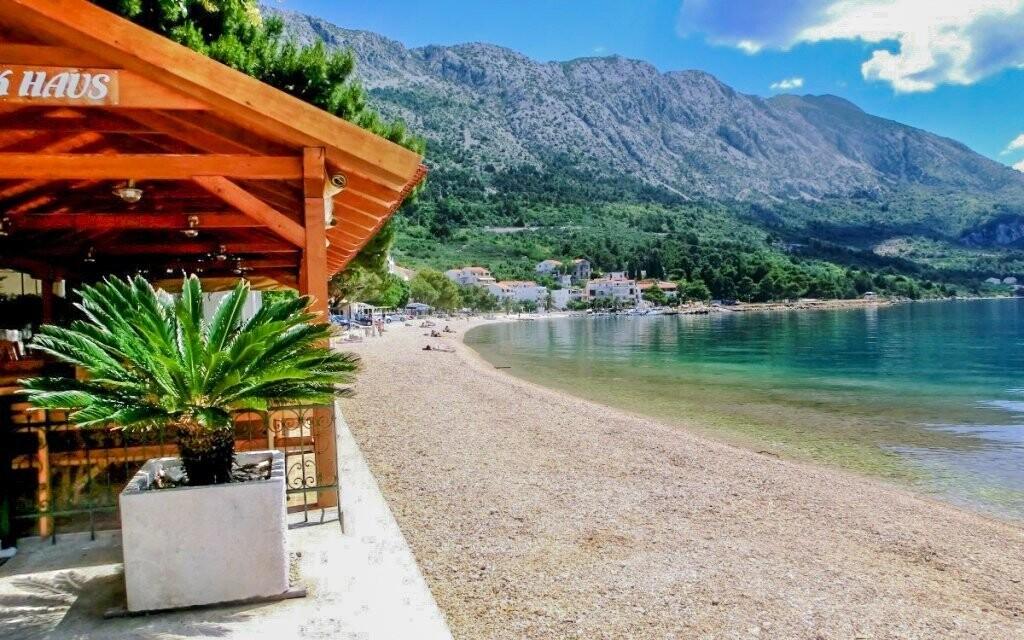 Pláž je jen 130 m od ubytování