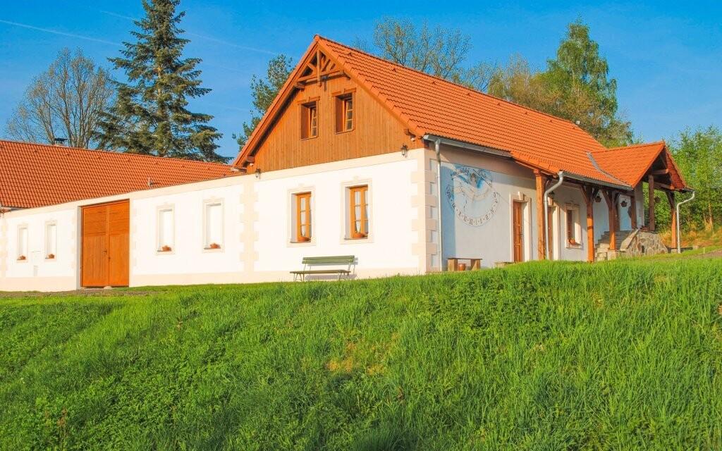 Resort Andělský Dvůr nabízí ubytování na jihu Čech