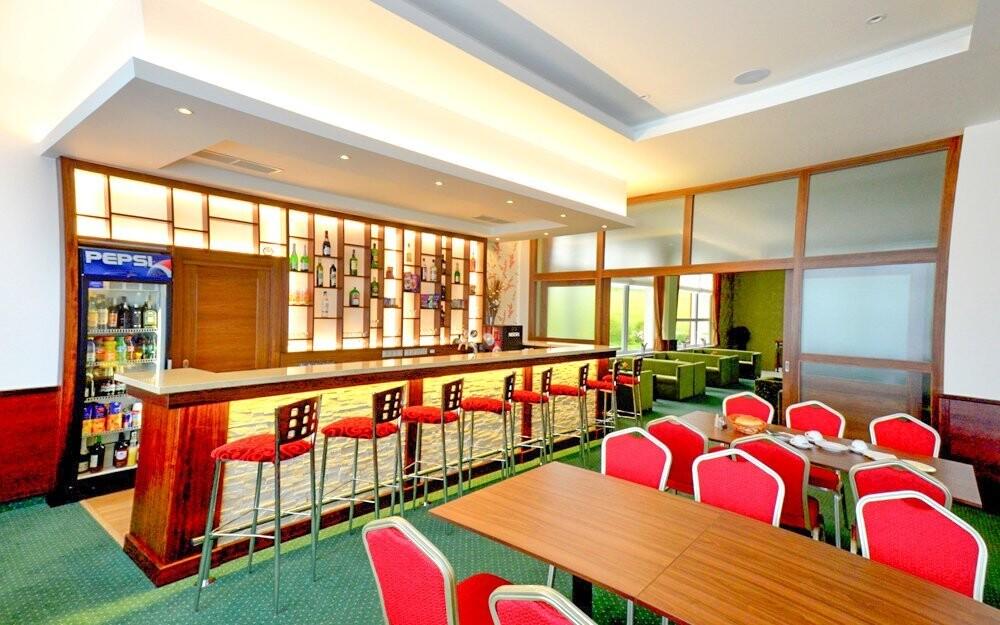 V hotelové restauraci si pochutnáte na bohaté polopenzi