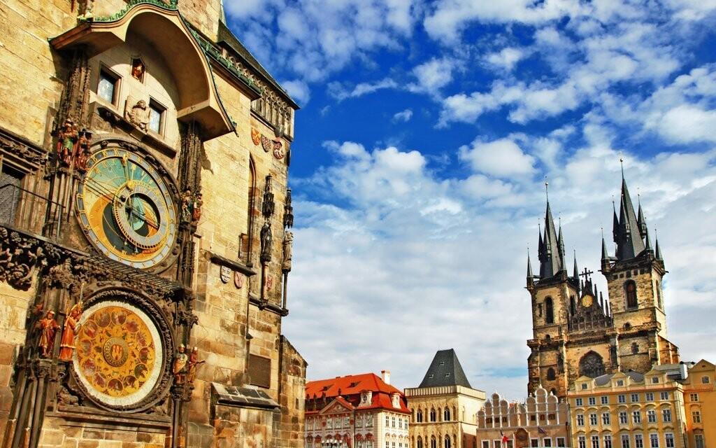 Obdivujte architektúru Starého Mesta a jeho pamiatky