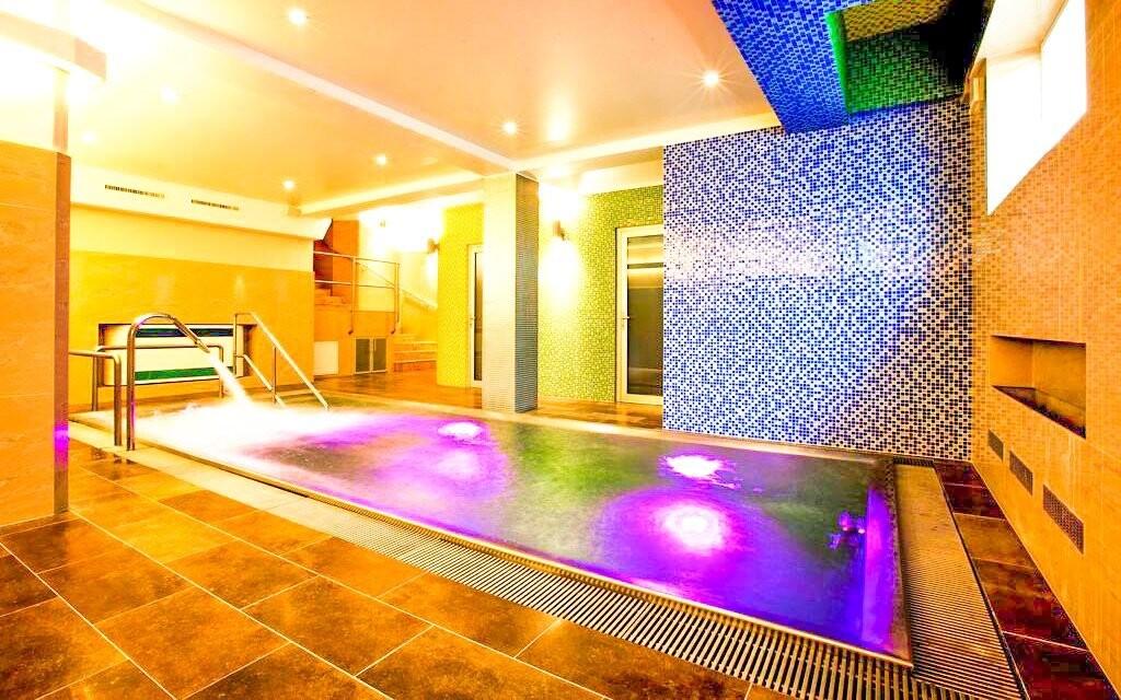 Užite si bazén, ktorý budete mať na hodinu len pre seba