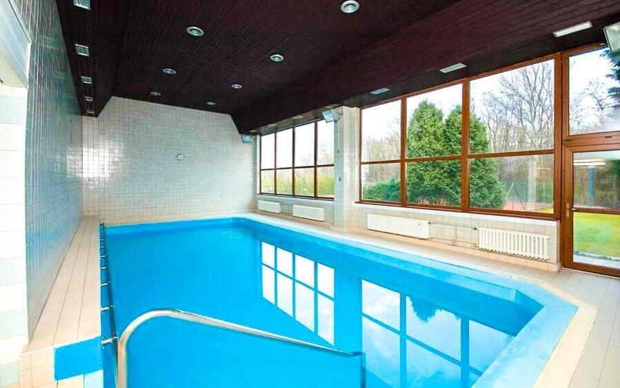 Bazén na dvě tempa nepřeplavete