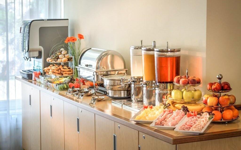 Ráno vás čeká bohatá snídaně