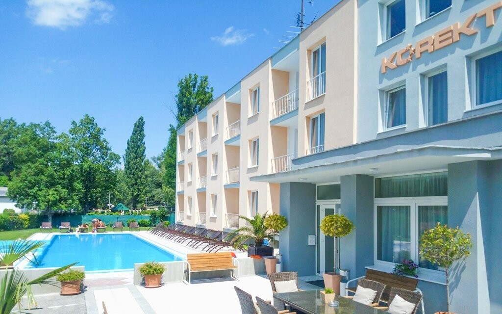 Nebo využijte variantu se vstupem do bazénu v Hotelu Korekt