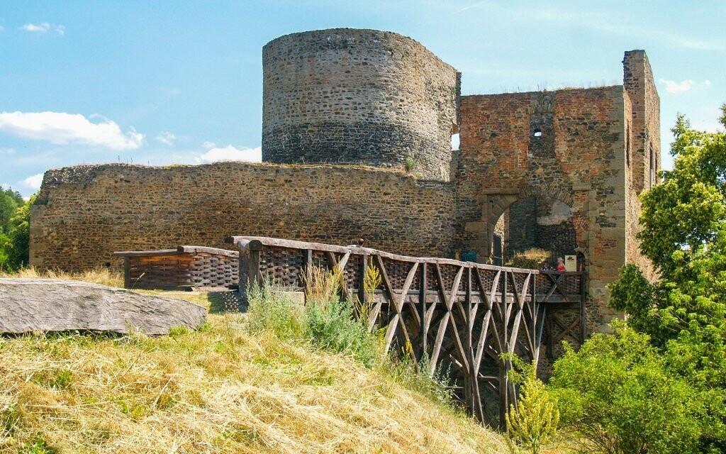 Udělejte si vycházku ke zřícenině hradu Krakovec