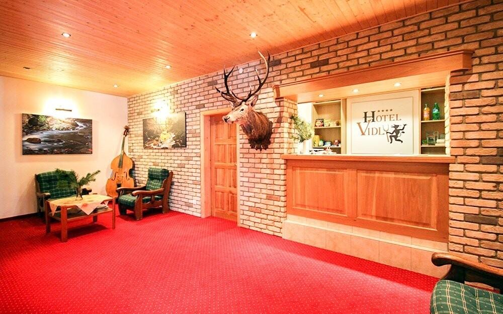 V Horském hotelu Vidly **** vás uvítá milý personál