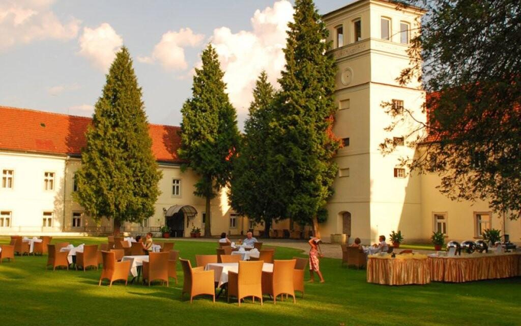 Hotel Zamek na Skale ****, Ladek Zdrój, Poľsko