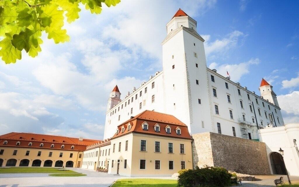 Navštivte nedalekou Bratislavu