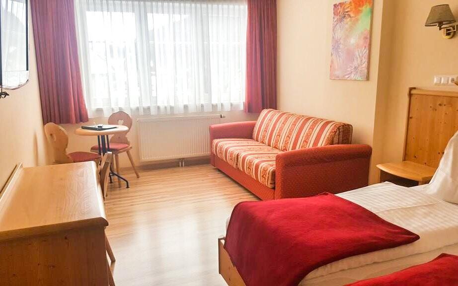 Čekají vás pohodlné pokoje s posezením