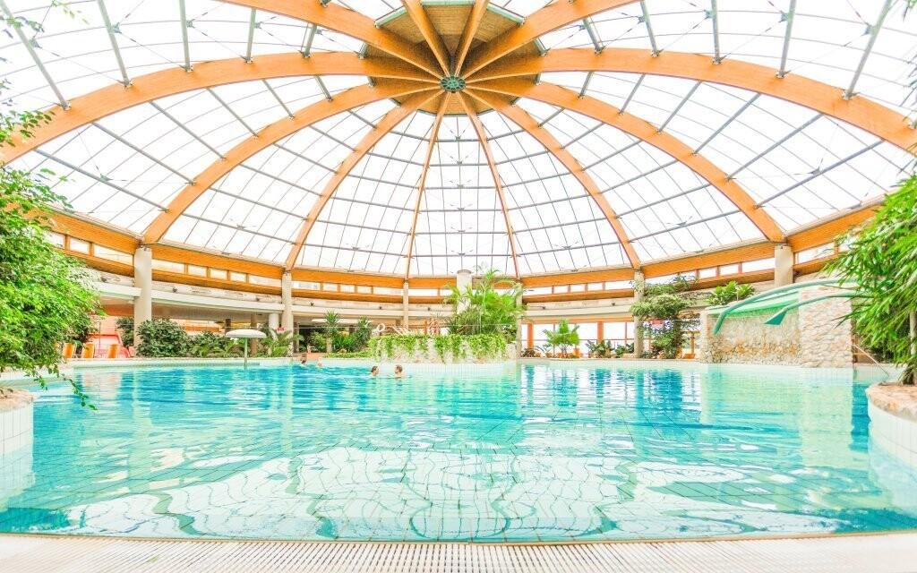 Luxusné termálne kúpele priamo pri hoteli