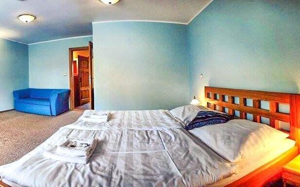 Pokoje jsou útulné a plně vybavené