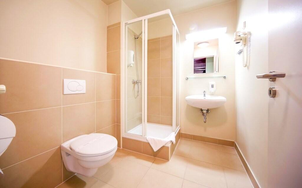 Také koupelna je vybavená