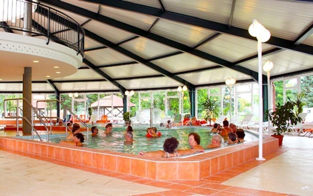 Známe termálne kúpele Hegykő sú ideálne na relax