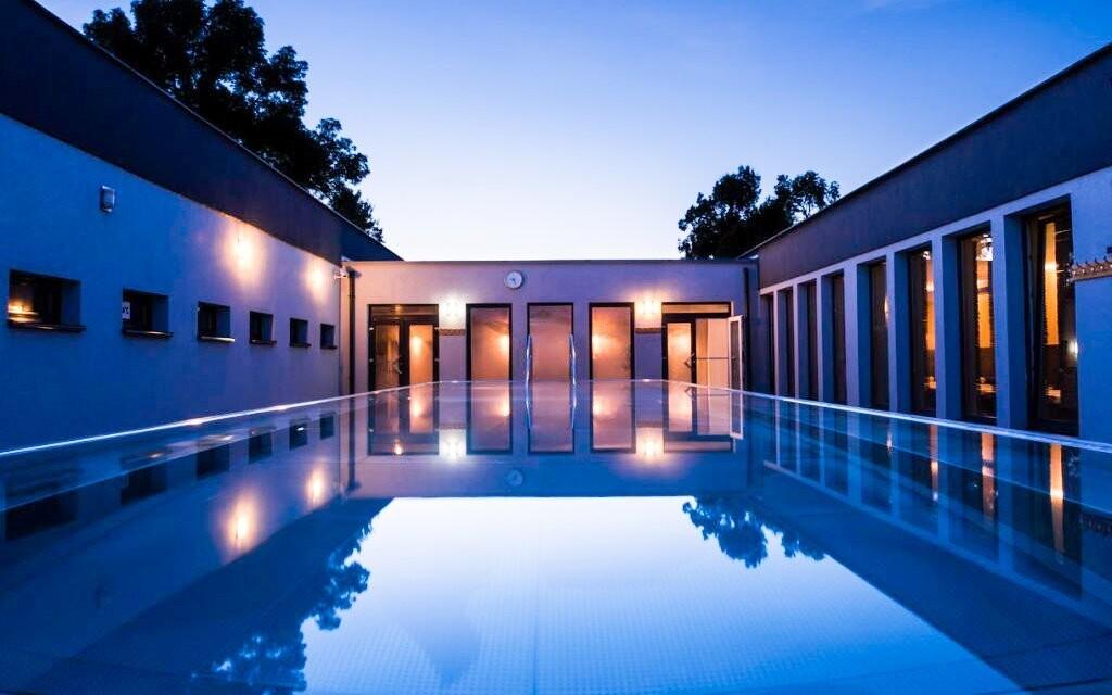 Během pobytu si bazény užijete dosytosti