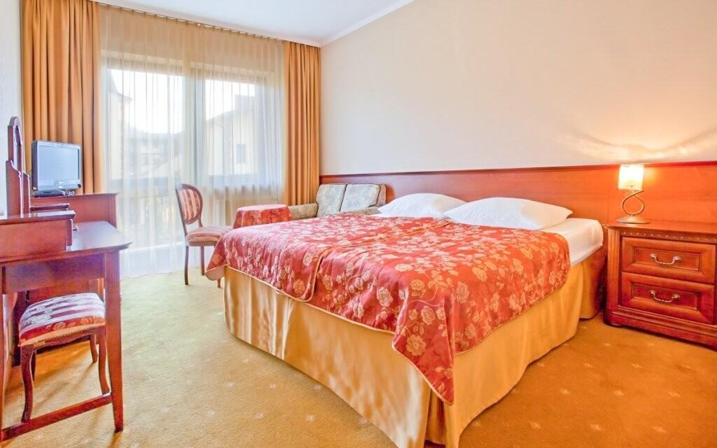 Pokoje hotelu jsou luxusně zařízeny