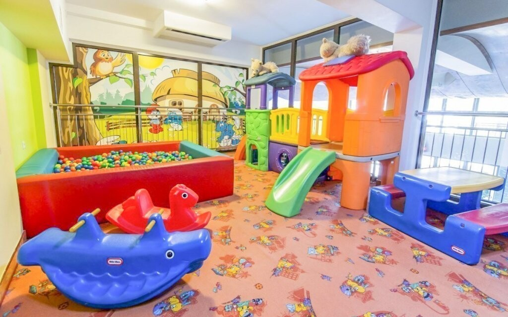 Hotel má kladný vztah k dětem a má i dětský koutek