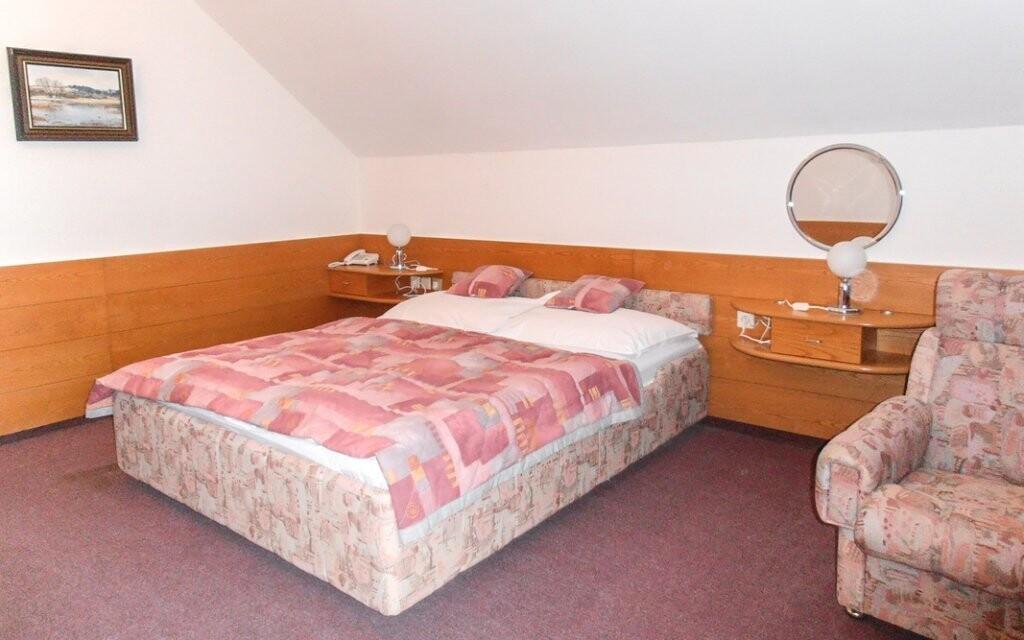 Pohodlné jsou i pokoje 3* kategorie