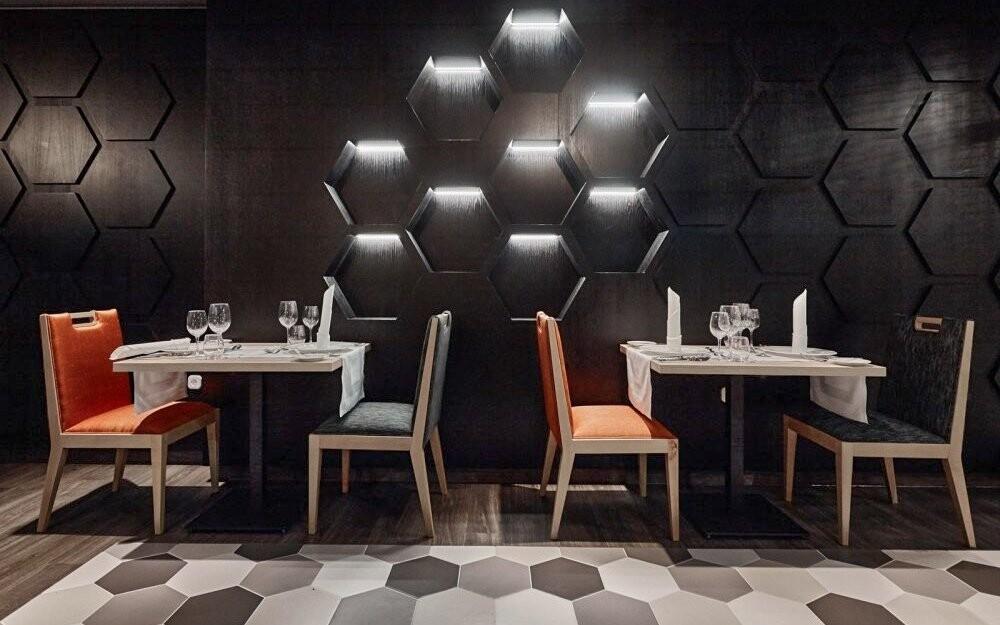 Večer si můžete posedět ve stylové restauraci