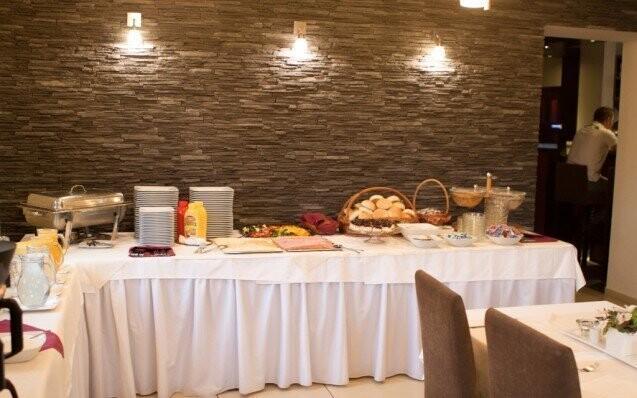 Hotel Tulipán Reštaurácia Slevoking