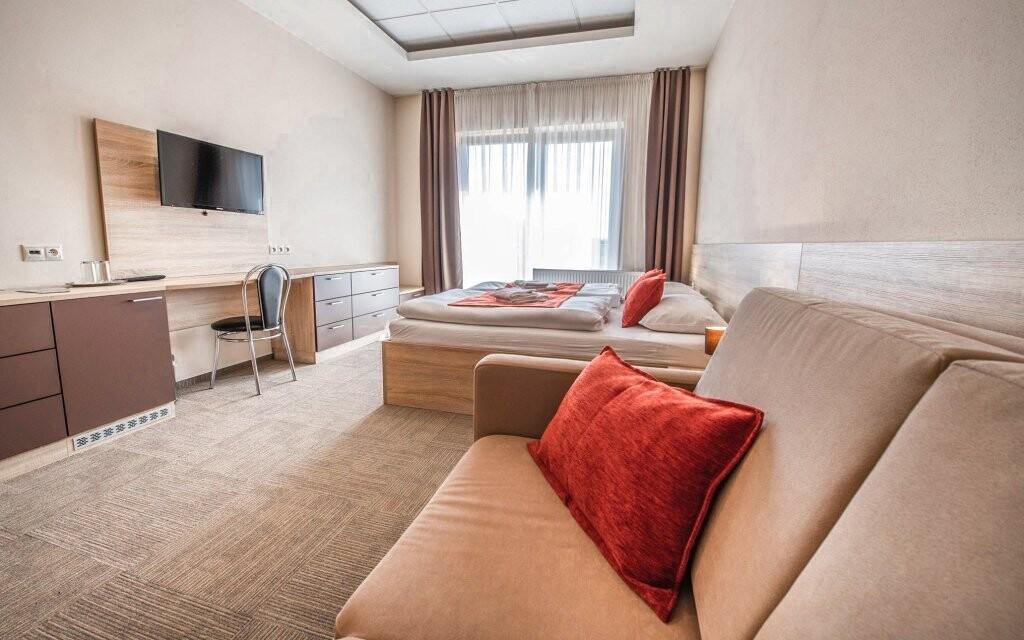 Ubytovaní budete v komfortných nových izbách