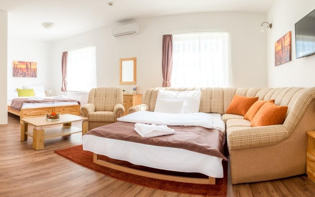 Užijte si pohodovou dovolenou v Land Plan Hotelu ***