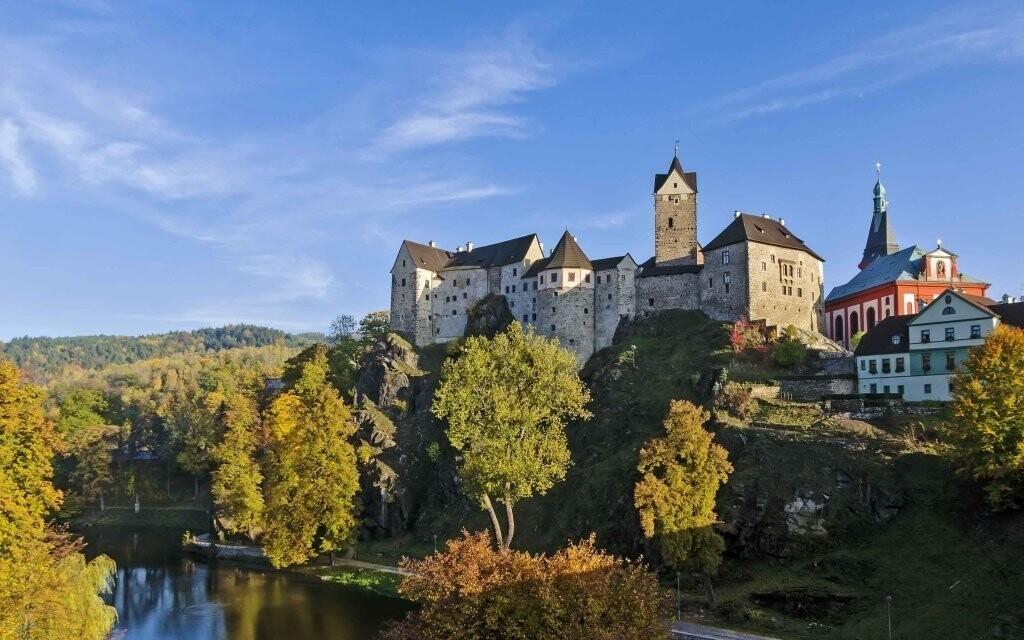 Výlet na hrad Loket bude zpestřením pobytu