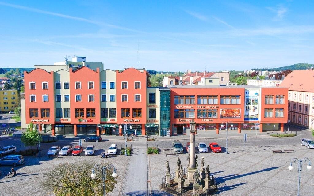 Hotel nabízí komfortní ubytování a skvělé služby