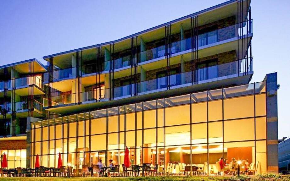 ABACUS Business & Wellness Hotel **** najdete u Budapešti