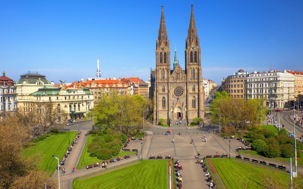 Náměstí míru, Vinohrady, Praha, turistické zajímavosti