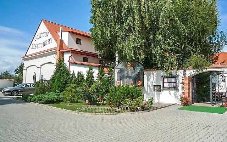 Hotel Golden Golem *** vznikl z bývalé zemědělské usedlosti