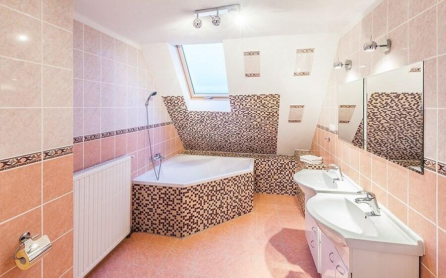Součástí VIP pokojů za příplatek je krásná koupelna