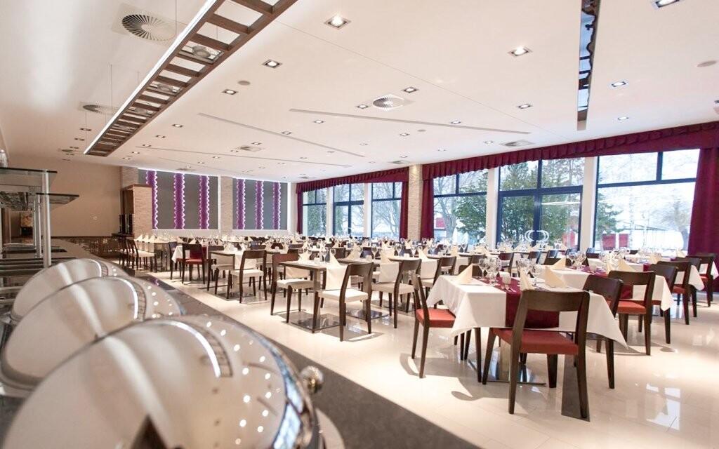 V elegantnej reštaurácii vás čaká polpenzia