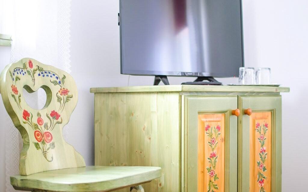 V pokojích se setkává tradice s moderním vybavením