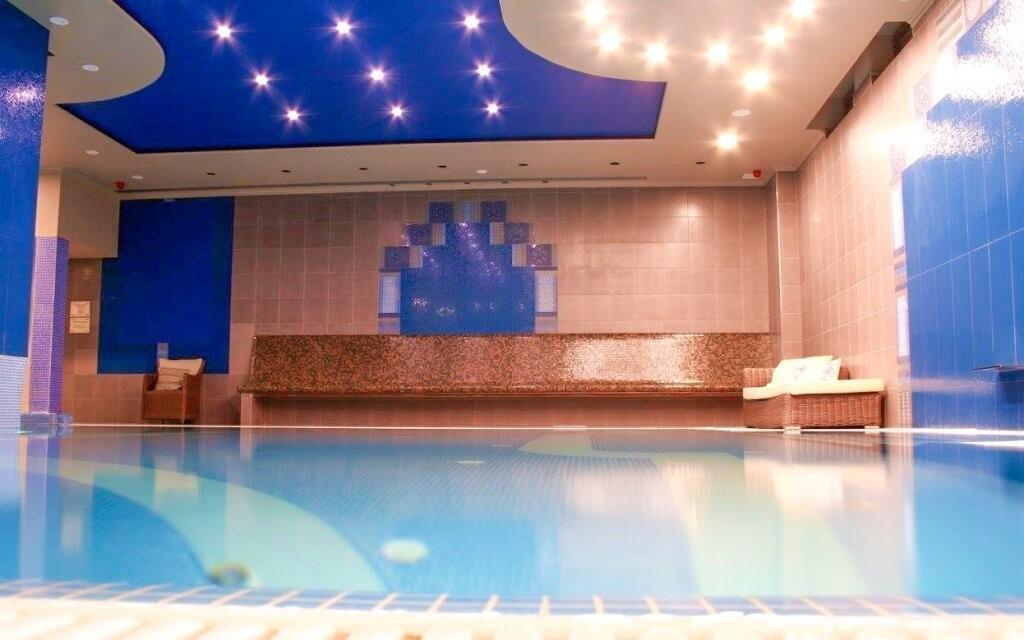 Čakajú na vás bazény aj oddychové zóny